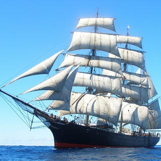 Sail the Tall Ship <i>James Craig</i>