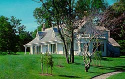 "Alice          Austen's home ""Clear Comfort"",<br />overlooking the Verrazano Narrows<br />at the entrance to New York Harbour."