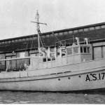 Army Ship AS1743, 66ft trawler type. SHF Coll.