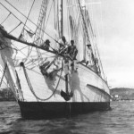 EVALEETA 1923 at anchor. SHF Coll.
