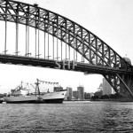 MORESBY 1965-1982, inbound with tugs, SHF Coll.