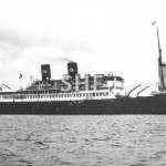 NIEUW HOLLAND 1928-1959, at anchor.SHF Coll.