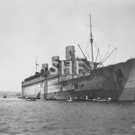 QUEEN MARY 1936-sold 1971. Sydney with troops. 1940.SHF Coll
