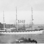YALLAROI at anchor.SHF Coll.