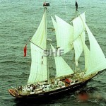 YOUNG ENDEAVOUR, aerial_1988_GKA_
