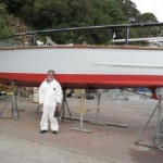 Kookaburra II slipping 2009 - volunteer john larkin after hull clean finished