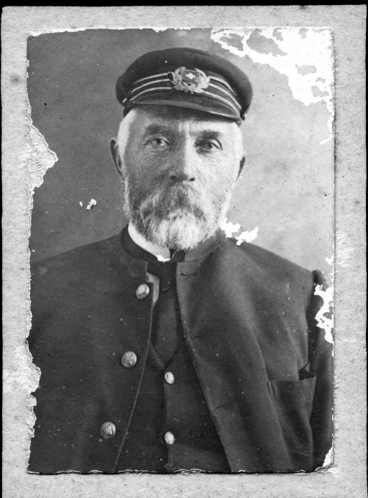 Photograph of Rasmus Poulsen SNOOR believed to be taken between 1900 and 1910.